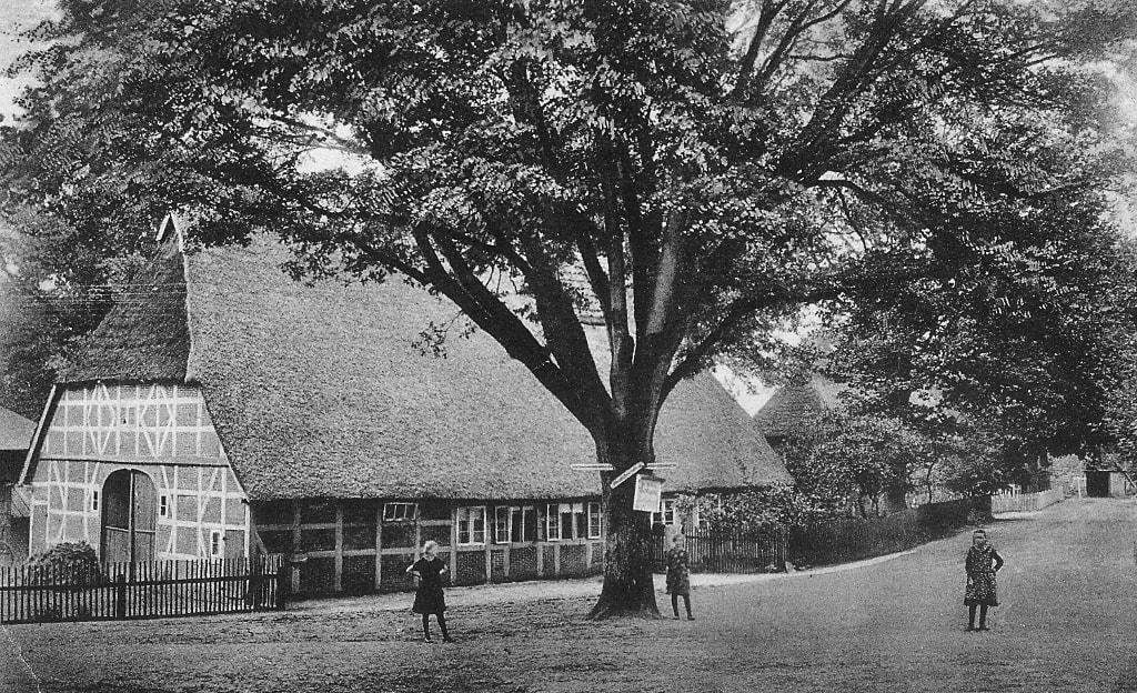Dorfmitte Undeloh um 1920